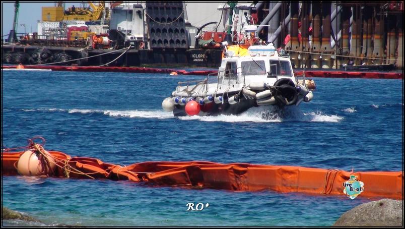 Liveboat in Diretta dall'Isola del Giglio e arrivo a Genova-11foto-costaconcordia-isoladelgiglio-operazioni-rigalleggiamento-jpg