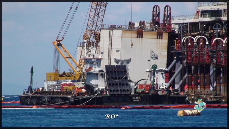 Liveboat in Diretta dall'Isola del Giglio e arrivo a Genova-12foto-costaconcordia-isoladelgiglio-operazioni-rigalleggiamento-jpg