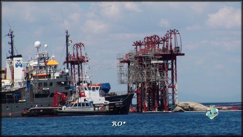 Liveboat in Diretta dall'Isola del Giglio e arrivo a Genova-15foto-costaconcordia-isoladelgiglio-operazioni-rigalleggiamento-jpg