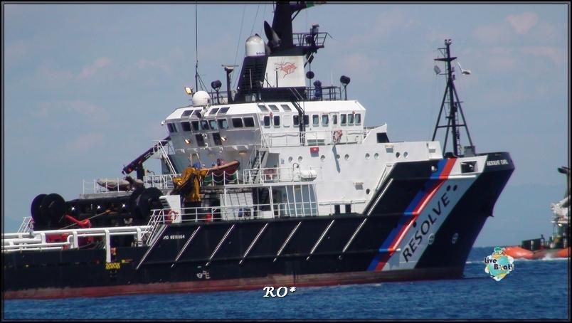 Liveboat in Diretta dall'Isola del Giglio e arrivo a Genova-37foto-costaconcordia-isoladelgiglio-operazioni-rigalleggiamento-jpg