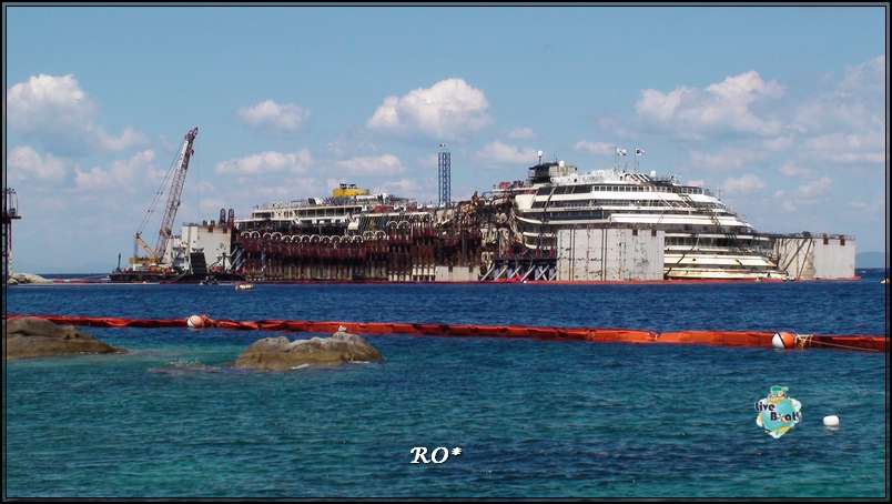 Liveboat in Diretta dall'Isola del Giglio e arrivo a Genova-39foto-costaconcordia-isoladelgiglio-operazioni-rigalleggiamento-jpg