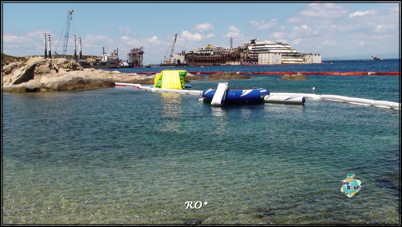 Liveboat in Diretta dall'Isola del Giglio e arrivo a Genova-45foto-costaconcordia-isoladelgiglio-operazioni-rigalleggiamento-jpg