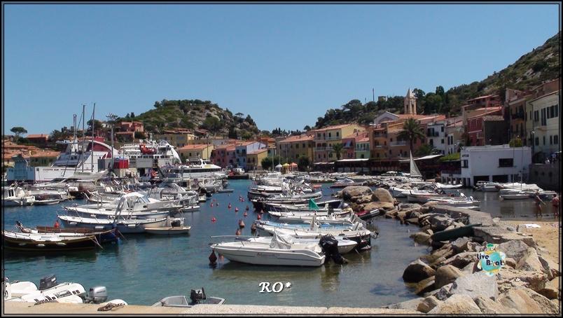 Liveboat in Diretta dall'Isola del Giglio e arrivo a Genova-53foto-costaconcordia-isoladelgiglio-operazioni-rigalleggiamento-jpg