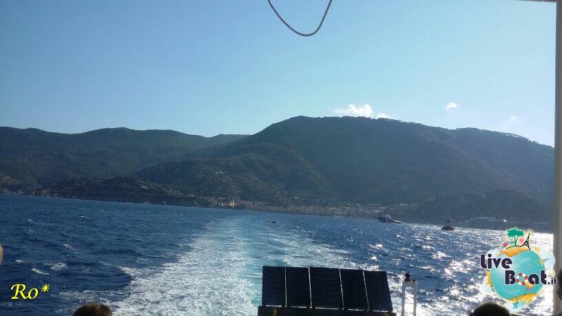 Liveboat in Diretta dall'Isola del Giglio e arrivo a Genova-2costa-crociere-costa-concordia-liveboat-crociere-refloating-rigalleggiamente-concordia-jpg