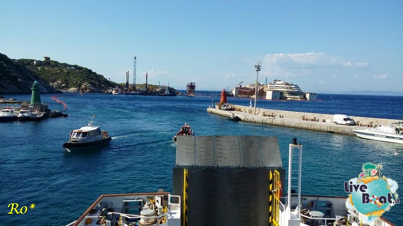 Liveboat in Diretta dall'Isola del Giglio e arrivo a Genova-10costa-crociere-costa-concordia-liveboat-crociere-refloating-rigalleggiamente-concordia-jpg