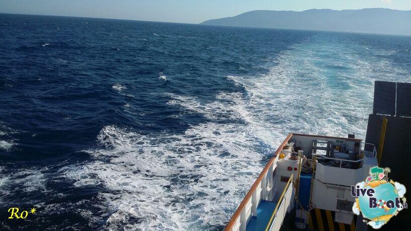 Liveboat in Diretta dall'Isola del Giglio e arrivo a Genova-12costa-crociere-costa-concordia-liveboat-crociere-refloating-rigalleggiamente-concordia-jpg