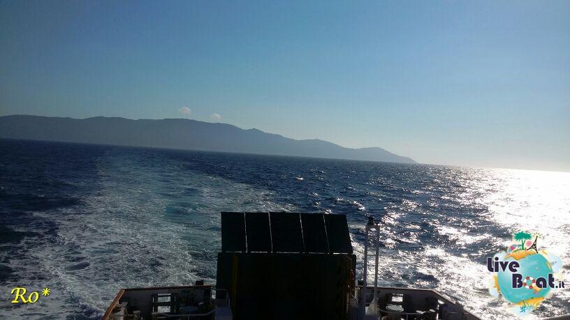 Liveboat in Diretta dall'Isola del Giglio e arrivo a Genova-13costa-crociere-costa-concordia-liveboat-crociere-refloating-rigalleggiamente-concordia-jpg