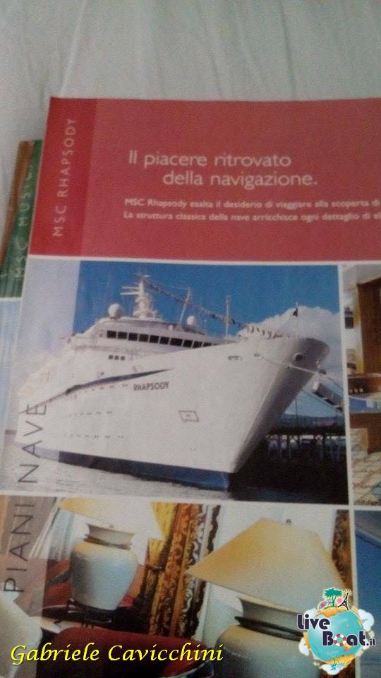 Uno sguardo ai cataloghi del passato....-7cimeli-crocieristici-msc-crociere-liveboat-itinerari-crocieristici-passato-jpg