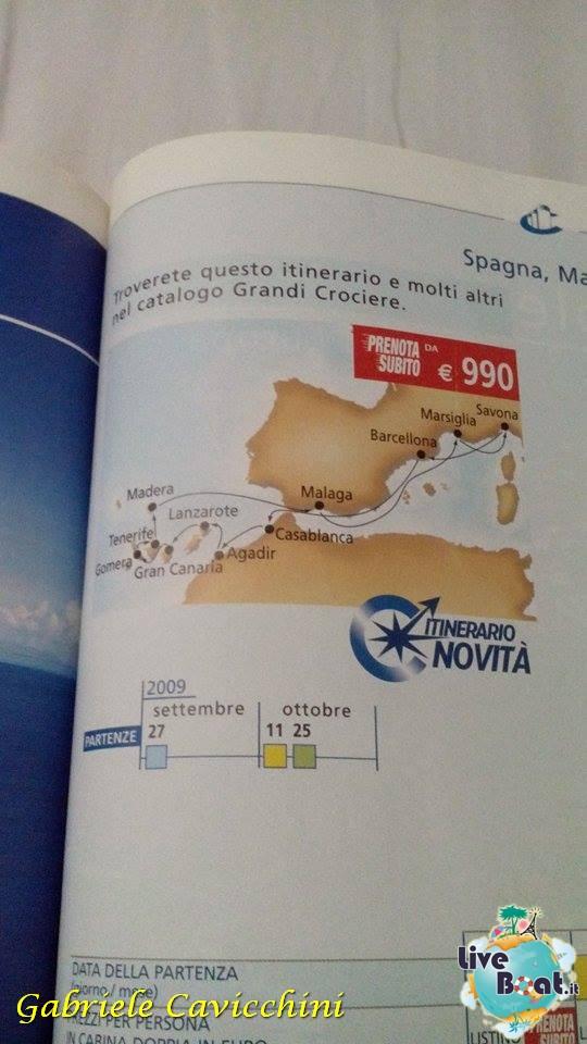 Uno sguardo ai cataloghi del passato....-4cimeli-crocieristici-costacrociere-liveboat-itinerari-crocieristici-passato-jpg