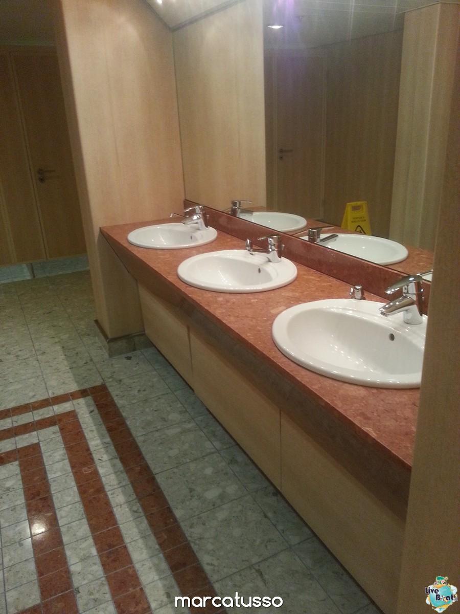 I bagni pubblici di Msc Armonia-51mscarmonia-liveboat-navedeigiovani-jpg