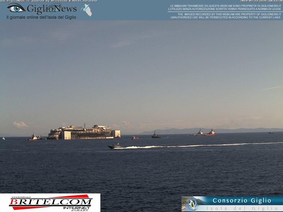 Liveboat in Diretta dall'Isola del Giglio e arrivo a Genova-costa-concordia-riparte-isola-giglio-2-jpg