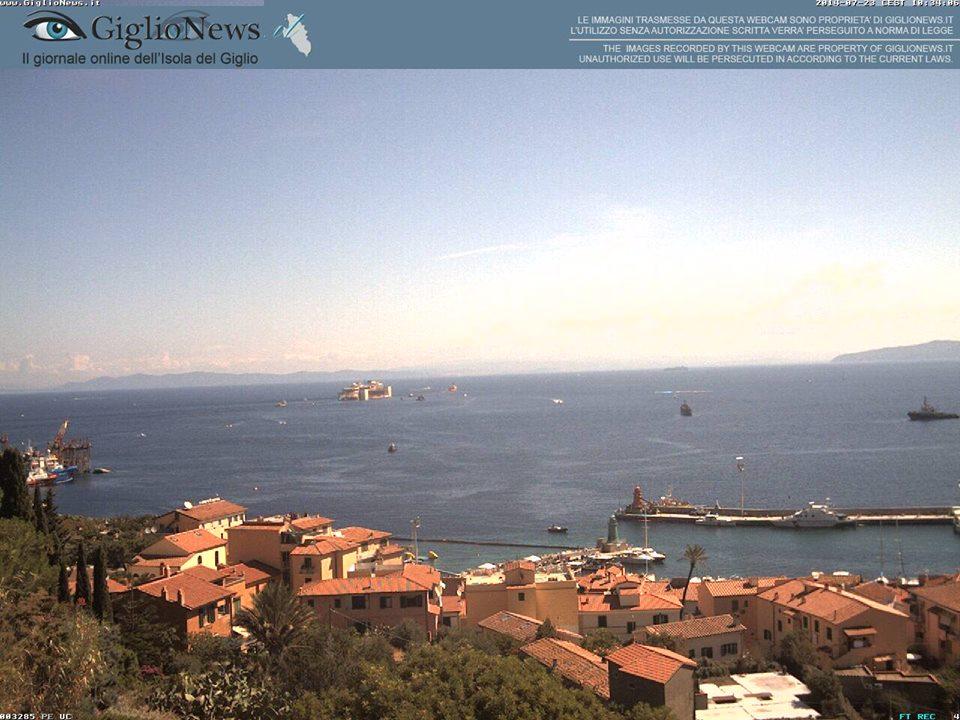 Liveboat in Diretta dall'Isola del Giglio e arrivo a Genova-costa-concordia-riparte-isola-giglio-6-jpg