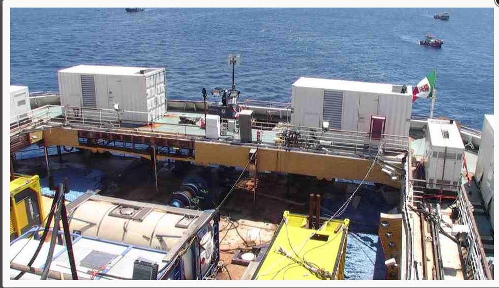 Liveboat in Diretta dall'Isola del Giglio e arrivo a Genova-diretta-costa-concordia-parbuckling-2-jpg