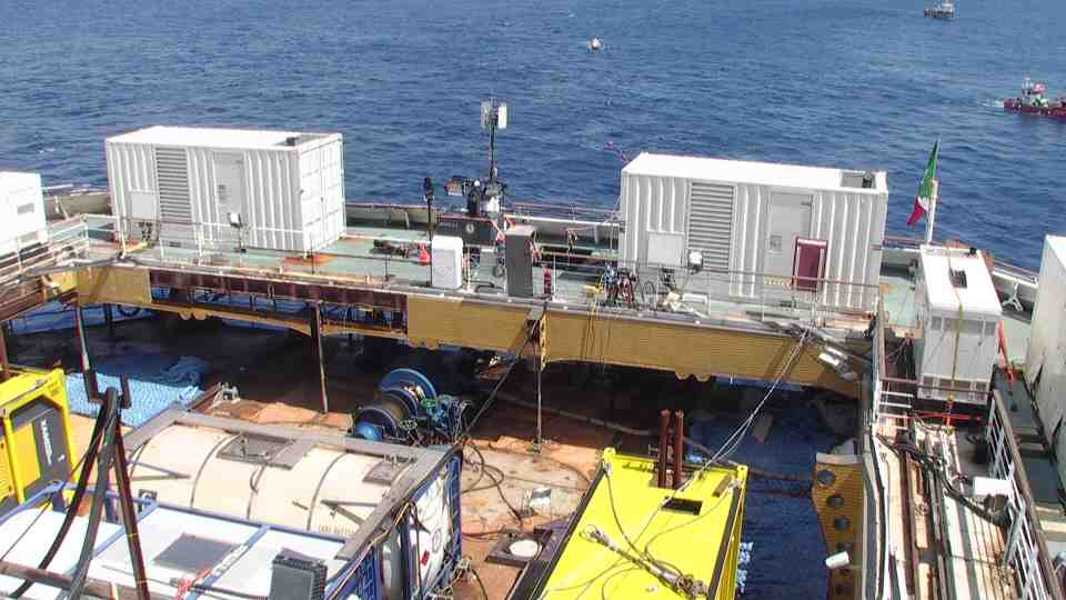 Liveboat in Diretta dall'Isola del Giglio e arrivo a Genova-diretta-costa-concordia-9-jpg