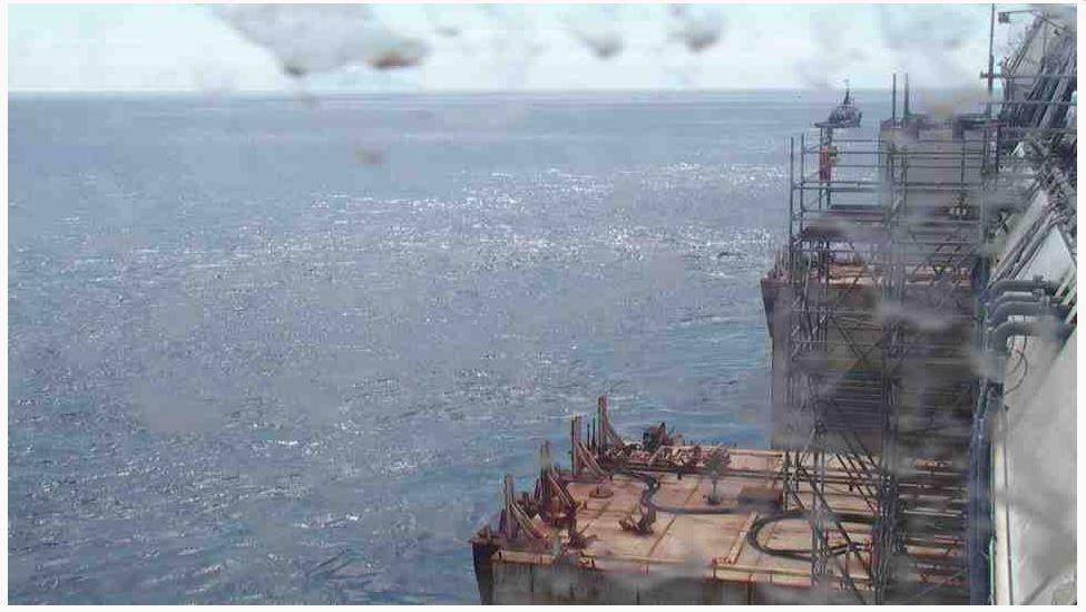 Liveboat in Diretta dall'Isola del Giglio e arrivo a Genova-live-from-costa-concordia-4-jpg-jpg