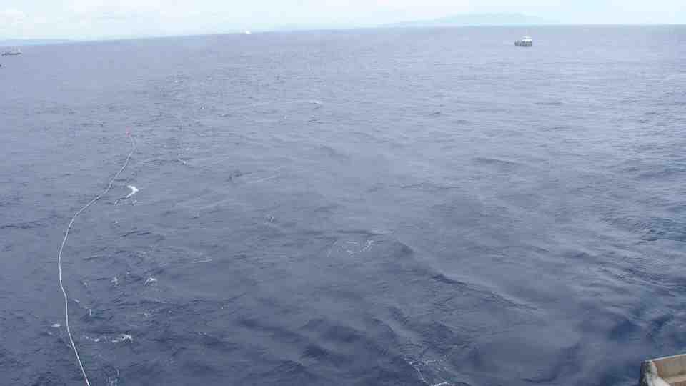 Liveboat in Diretta dall'Isola del Giglio e arrivo a Genova-live-from-costa-concordia-1-jpg