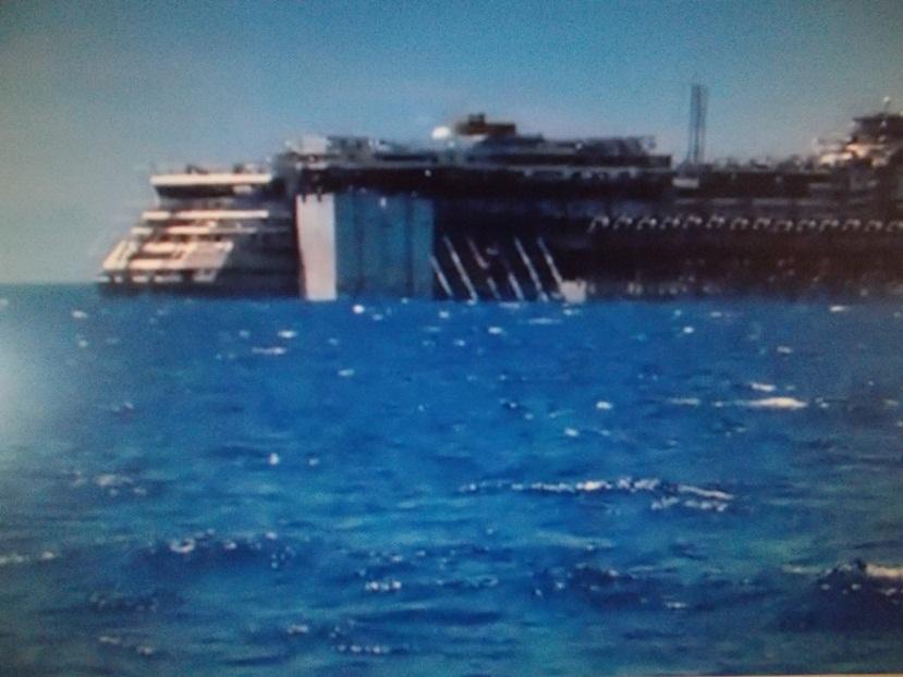 Liveboat in Diretta dall'Isola del Giglio e arrivo a Genova-dscn4738-jpg