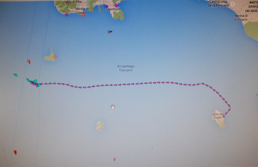 Liveboat in Diretta dall'Isola del Giglio e arrivo a Genova-dscn4739-jpg