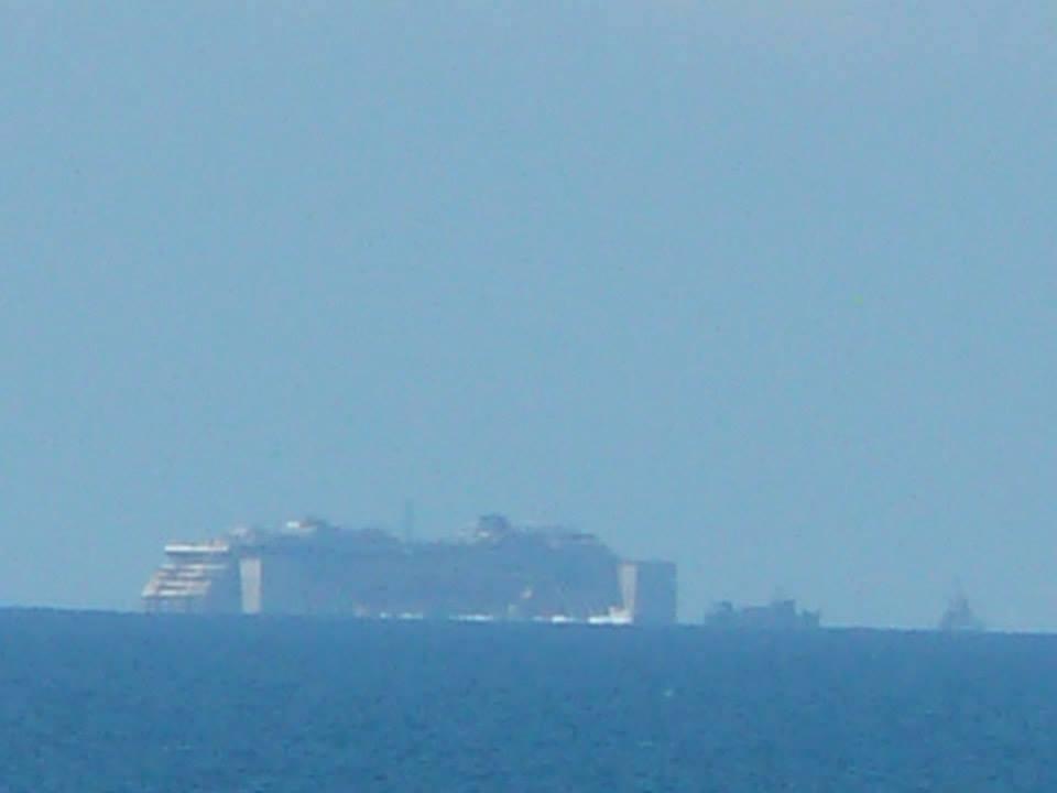Liveboat in Diretta dall'Isola del Giglio e arrivo a Genova-foto-letizia-paoletti-costa-concordia-jpg